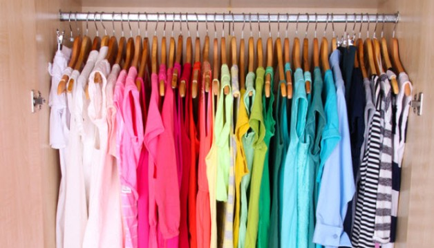 dressing-organizare-culori